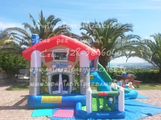 Gonfiabili Ancona noleggio affitto giochi gonfiabili a Ancona e provincia per feste compleanni eventi