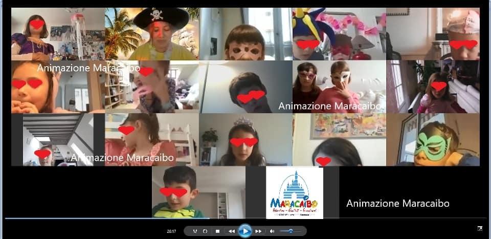 Compleanno online bambini da casa festa virtuale a distanza festeggia in streaming internet web in chat quarantena covid con tutti i compagni feste on-line