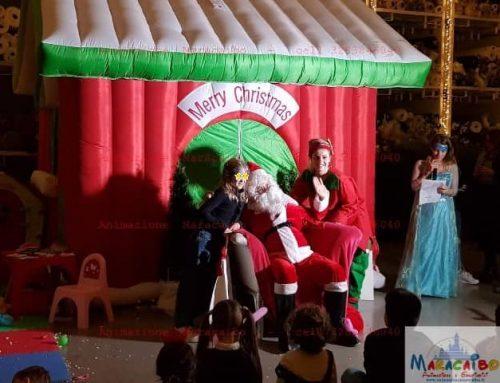 Casa Babbo Natale: la casetta gonfiabile di babbo natale a noleggio